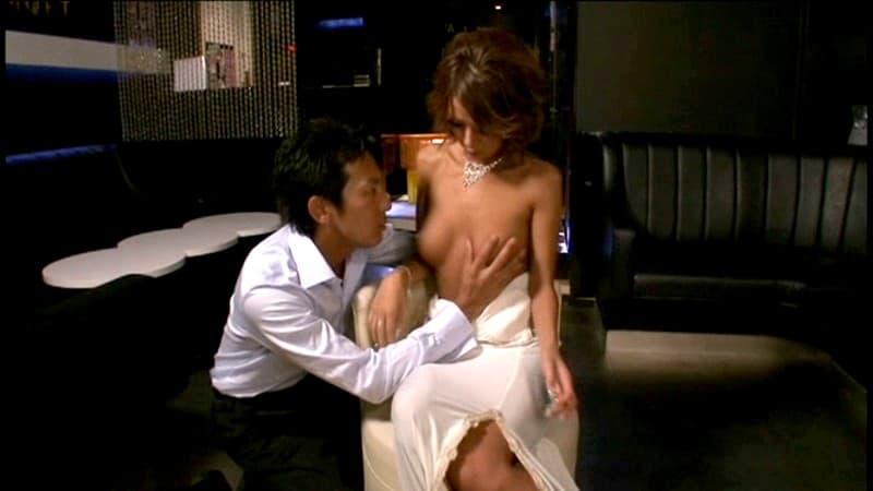 【キャバ嬢エロ画像】憧れの激カワキャバ嬢のドレス脱がせて美乳を吸ってご奉仕セックス!枕営業フェラや騎乗位ピストンしたったキャバ嬢のエロ画像集w【80枚】 04