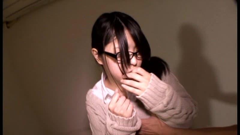 【文系女子エロ画像】大人しいメガネっ娘の文系女子が痴女化した時のエロさは異常wwロリなちっぱい吸わせておねだりフェラしてる文系女子のエロ画像集!!【80枚】 39