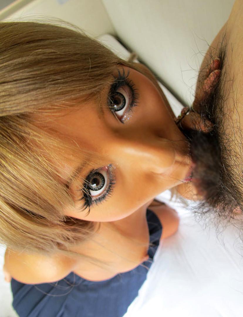 【バキュームフェラエロ画像】スゴいひょっとこ顔でバキュームフェラする痴女お姉さん!!ちんぽを口でもぎ取り持っていきそうなバキュームフェラのエロ画像集ww【80枚】 57