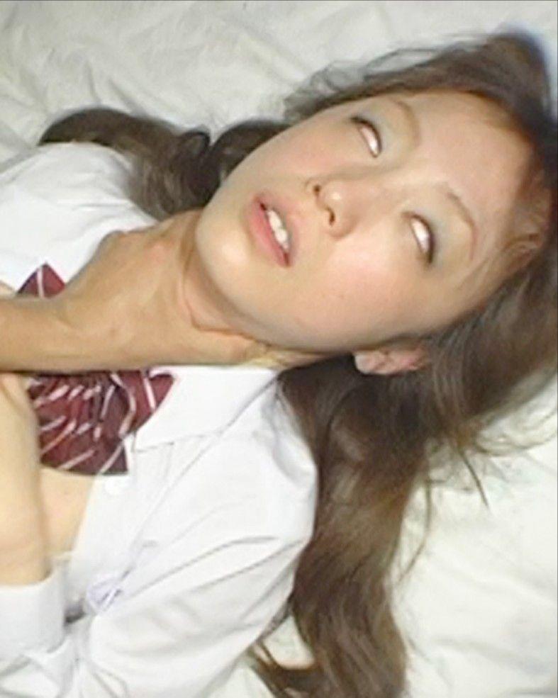 【白目エロ画像】キレイな女の子たちが手マンや電マ調教、巨根をブチ込まれて白目を剥いてアクメしちゃってる白目のエロ画像集ww【80枚】 48