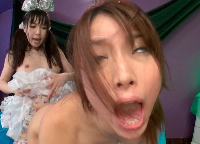 【白目エロ画像】キレイな女の子たちが手マンや電マ調教、巨根をブチ込まれて白目を剥いてアクメしちゃってる白目のエロ画像集ww【80枚】 61