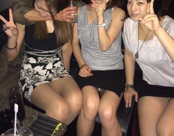 【キャバ嬢パンチラエロ画像】激カワキャバ嬢がミニスカドレスでパンチラ!キャバクラで元を取ったと思えるキャバ嬢パンチラのエロ画像集!w【80枚】 40
