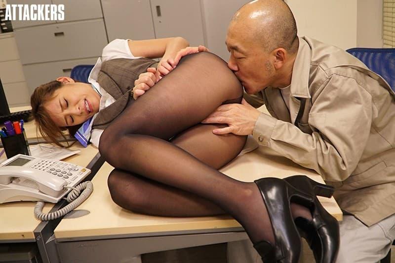 【受付嬢エロ画像】企業の窓口担当してる受付嬢がカワイ過ぎてNTR!ww制服脱がせてパンスト破りしたら巨根をブチ込み調教しちゃった受付嬢のエロ画像集!!【80枚】 46