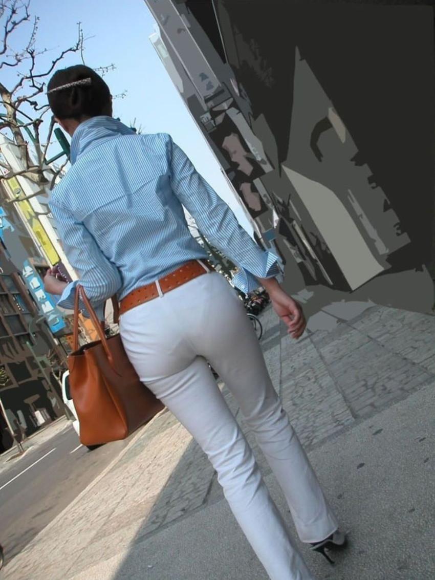 【パンティーラインエロ画像】素人美女のピタパンやタイトスカートから見えるパンティーラインを盗撮!美尻に顔面突っ込みたくなるパンティーラインのエロ画像集!ww【80枚】 59