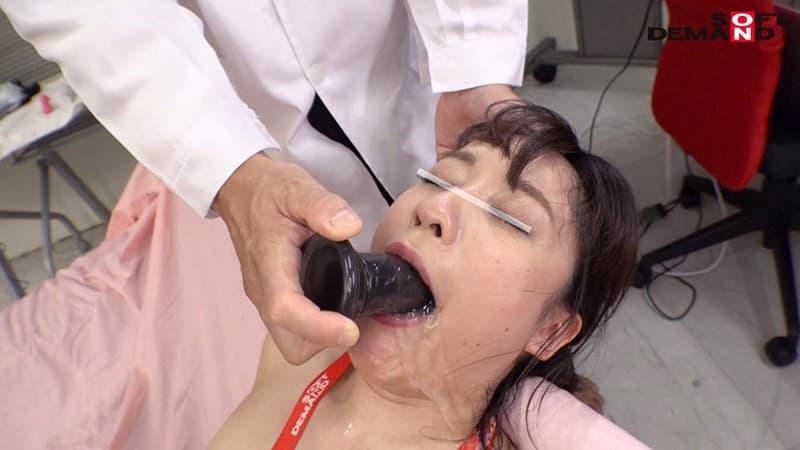 【イラマチオエロ画像】美女のクチマンコに勃起巨根をブチ込み唾液まみれに!!喉奥まで突っ込みまくったイラマチオのエロ画像集!ww【80枚】 16