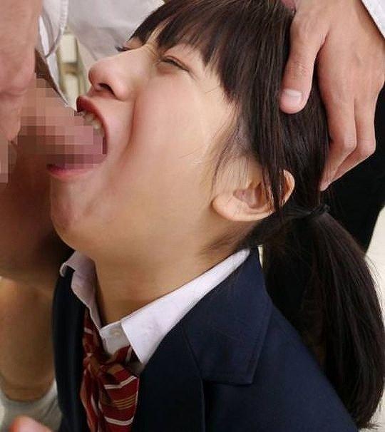【イラマチオエロ画像】美女のクチマンコに勃起巨根をブチ込み唾液まみれに!!喉奥まで突っ込みまくったイラマチオのエロ画像集!ww【80枚】 44