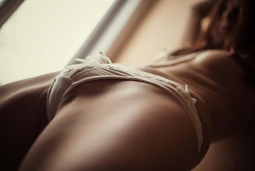 【モリマンエロ画像】水着やパンティーの上からでもはっきりわかるモリマン女子!指二本を足に見立てて恥丘を弄りながら登山したくなっちゃうモリマンエロ画像集!ww【80枚】 49