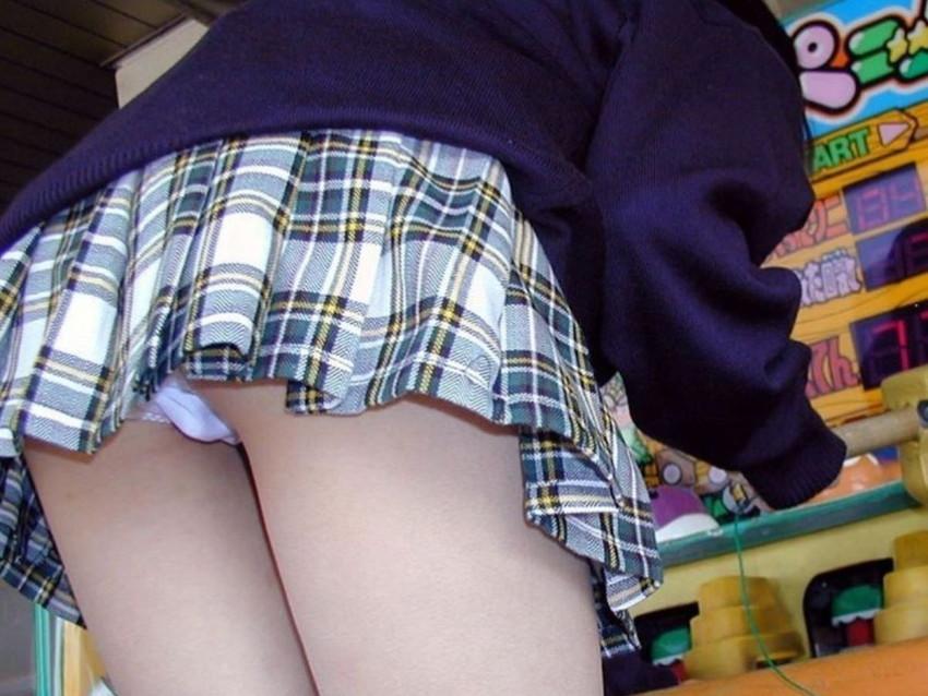 【純白パンティーエロ画像】清楚でロリな純白パンティー!陰毛がちょっと透ける愛しの純白パンティーを履いたJKや美女たちの純白パンティーエロ画像集ww【80枚】 14