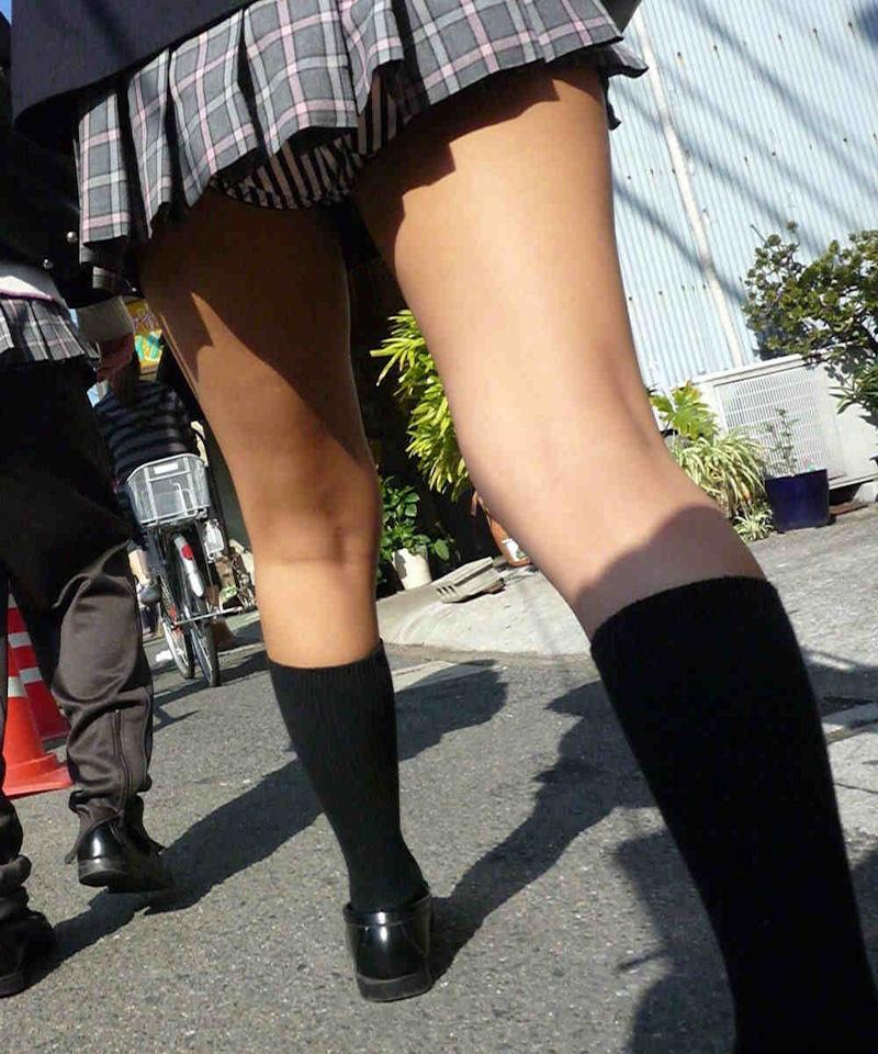 【膝裏エロ画像】フレッシュ過ぎて舐めたり膝裏足コキさせたくなる汗でムレたJKやお姉さんたちの膝裏エロ画像集!ww【80枚】 60