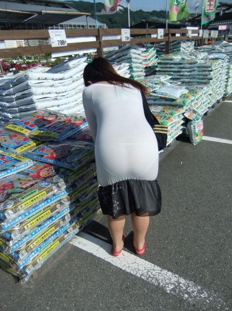 【スエットワンピエロ画像】スエットワンピを着てるヤンママやコンビニで買い物してるJDの透けパン盗撮したり電マで着衣調教しちゃった陶とワンピのエロ画像集ww【80枚】 78