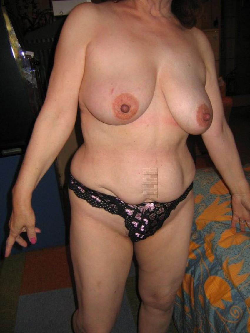 【巨乳人妻エロ画像】超わがままボディの巨乳人妻ならちょっとぐらいブスでもOK!wwエロボディ過ぎる巨乳人妻のエロ画像集ww【80枚】 46