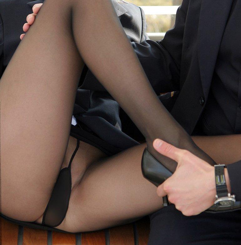 【ノーパンパンストエロ画像】スーツOLのお姉さんのタイトスカートをめくったら陰毛丸見えノーパンパンスト!!痴女とセックスしちゃったノーパンパンストのエロ画像週ww【80枚】 46