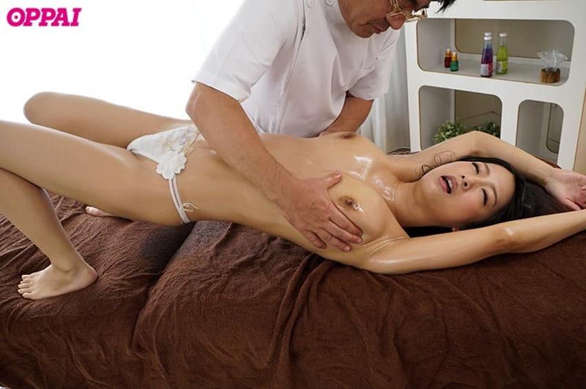 【スペンス乳腺エロ画像】おっぱい下の超感じるチチイキスポット《スペンス乳腺》を弄られガチイキしてるスペンス乳腺のエロ画像集w【80枚】 65