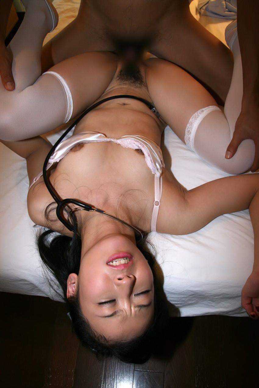 【病室セックスエロ画像】夜勤中の痴女ナースや欲求不満な患者さん、見舞客の変態お姉さん達が病室のベッドで騎乗位ピストンしちゃってる病室セックスのエロ画像集!w【80枚】 47