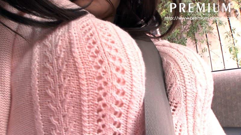 【着衣巨乳エロ画像】反則級に爆乳の豊満お姉さんがパツパツセーターの着衣巨乳で誘惑!ww鷲掴みで揉んで着衣セックスしたった着衣巨乳のおっぱい画像集w【80枚】 73