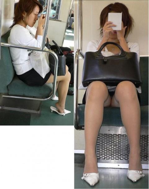 【電車パンチラエロ画像】通勤通学の嫌な気分を払拭してくれるスーツの就活生やOL、制服JK達の電車パンチラエロ画像集w【80枚】 67