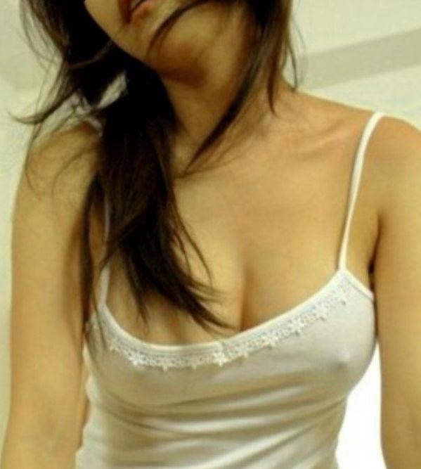【キャミソールエロ画像】キャミソールの激カワ娘が胸チラしたりノーブラで胸ポチしてる姿が最高にエロすぎるキャミソールのエロ画像集ww【80枚】 43