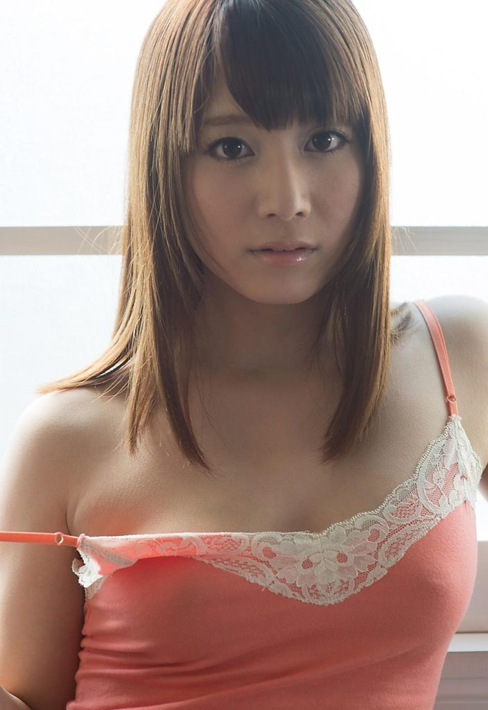 【キャミソールエロ画像】キャミソールの激カワ娘が胸チラしたりノーブラで胸ポチしてる姿が最高にエロすぎるキャミソールのエロ画像集ww【80枚】 58