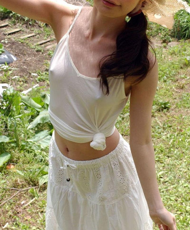 【キャミソールエロ画像】キャミソールの激カワ娘が胸チラしたりノーブラで胸ポチしてる姿が最高にエロすぎるキャミソールのエロ画像集ww【80枚】 78