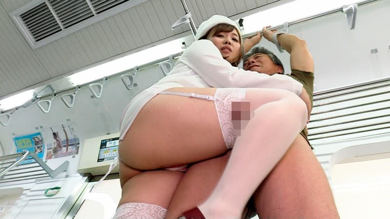 【ガーターベルトエロ画像】美脚で美尻のガーターベルトをつけた美女たちに足コキされたくなるガーターベルトのエロ画像集w【80枚】 33