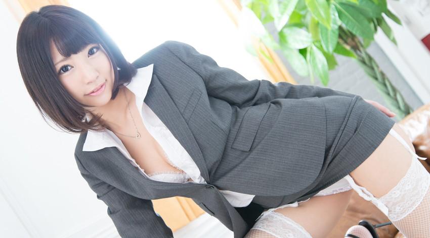【ガーターベルトエロ画像】美脚で美尻のガーターベルトをつけた美女たちに足コキされたくなるガーターベルトのエロ画像集w【80枚】 37