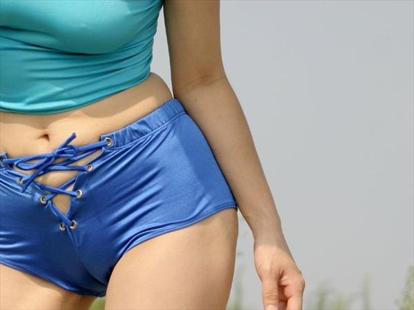 【ワレメエロ画像】女子のぷっくり恥丘を走るワレメという一本筋!美女のまんすじを堪能できるワレメのエロ画像集ww【80枚】 49
