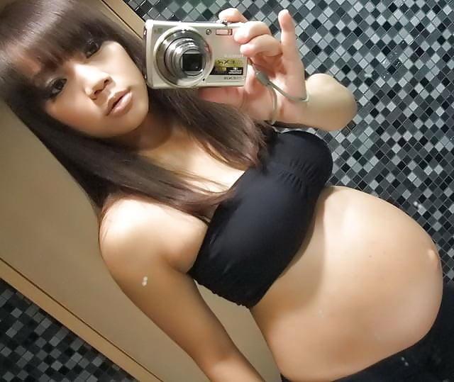 【ギャル妊婦エロ画像】デキ婚した元ヤリマンギャルの妊婦の褐色乳首やボテ腹鑑賞して不倫セックスを堪能してるギャル妊婦のエロ画像集ww【80枚】 11
