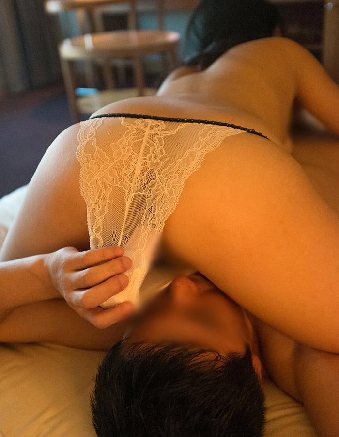 【クンニリングスエロ画像】S級お姉さんの美マンを一晩中舐めていたくなるクンニリングスのエロ画像集ww【80枚】 27