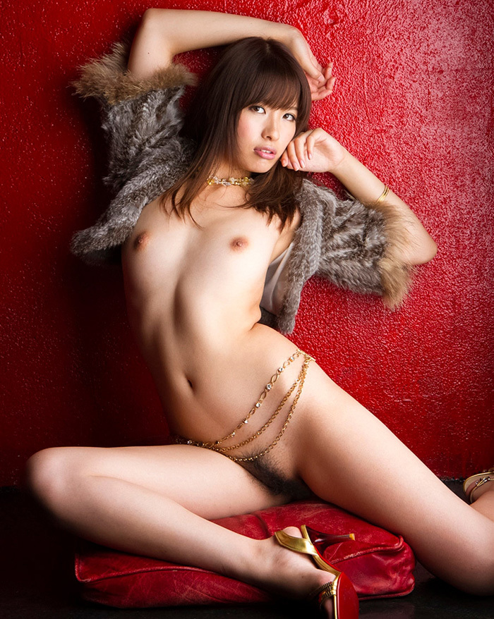 【ヘアヌードエロ画像】美女たちの剛毛まんこや薄毛の美マンが堪能できるヘアヌードのエロ画像集!ww【80枚】 34