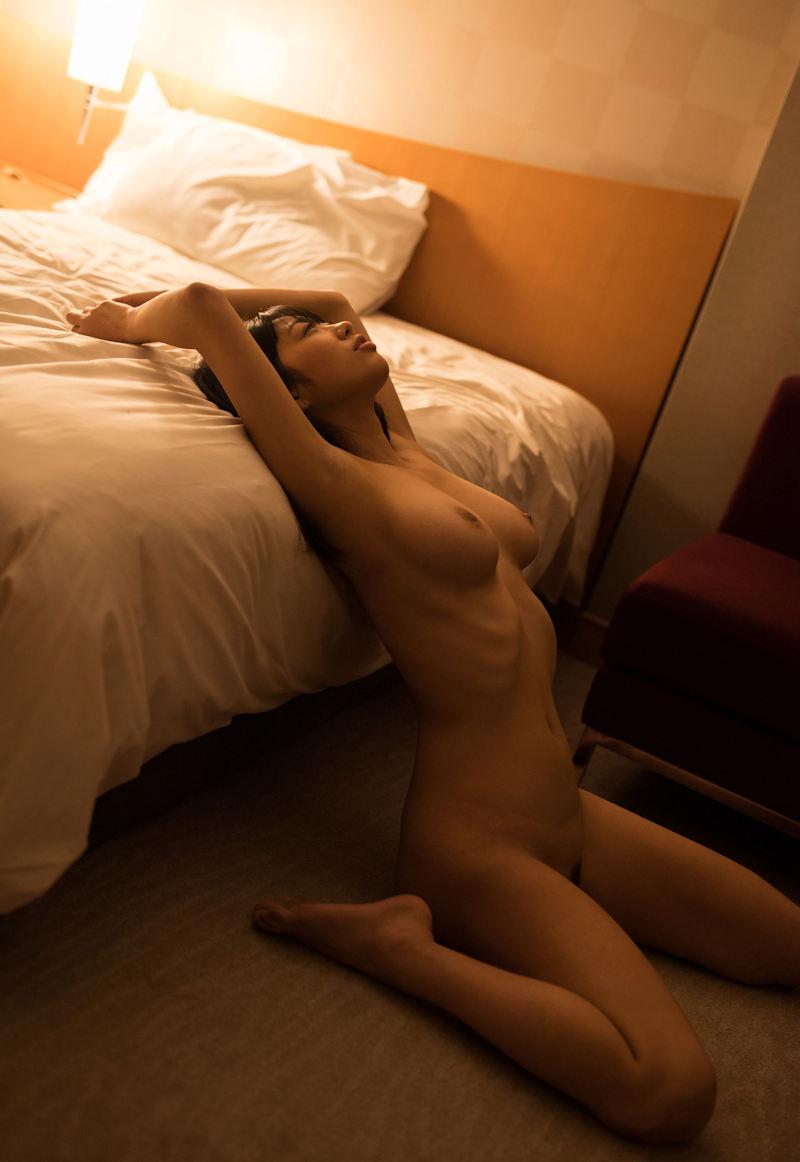【ヘアヌードエロ画像】美女たちの剛毛まんこや薄毛の美マンが堪能できるヘアヌードのエロ画像集!ww【80枚】 70