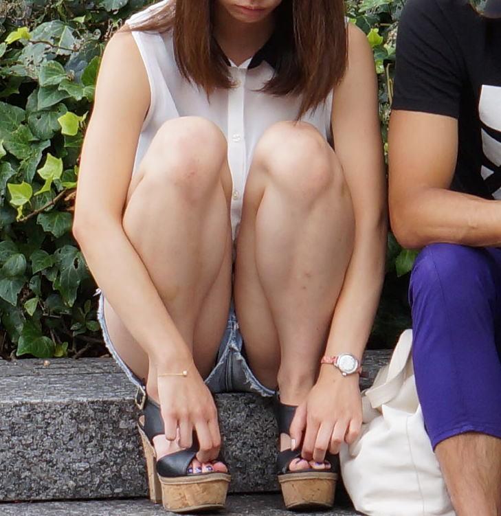 【ショーパンパンチラエロ画像】ショーパンだからパンチラしないと思ってる無防備な素人女子がパンティー見えちゃってるショーパンパンチラのエロ画像集!ww【80枚】 31