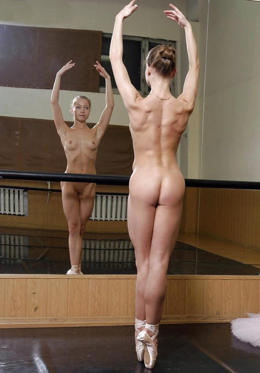 【バレエレッスンエロ画像】ロリな貧乳美少女やむっちりデカパイバレリーナに練習中Y字バランスさせて巨根をブチ込んだバレエレッスンのエロ画像集!ww【80枚】 54
