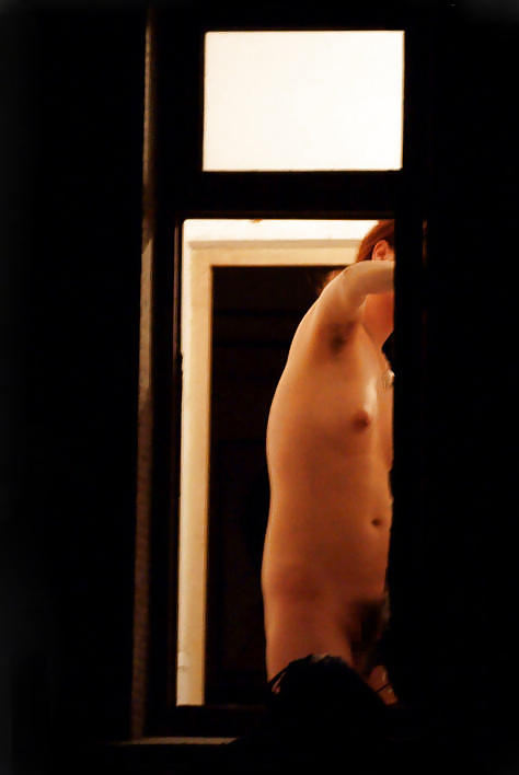 【窓盗撮エロ画像】一人暮らしのJDやOLたちの着替えやオナニー、入浴やセックスを窓から覗いて隠し撮りしたった窓盗撮のエロ画像集ww【80枚】 50
