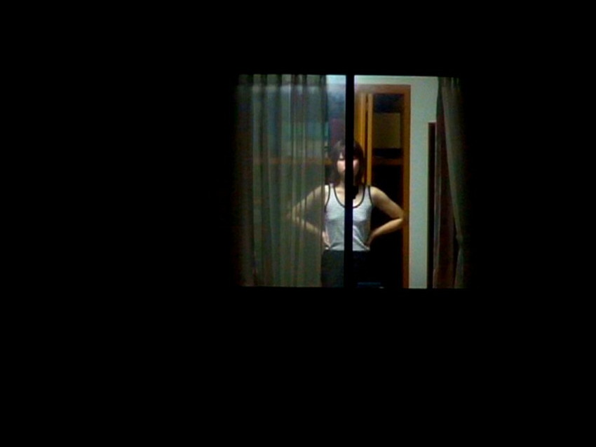 【窓盗撮エロ画像】一人暮らしのJDやOLたちの着替えやオナニー、入浴やセックスを窓から覗いて隠し撮りしたった窓盗撮のエロ画像集ww【80枚】 70