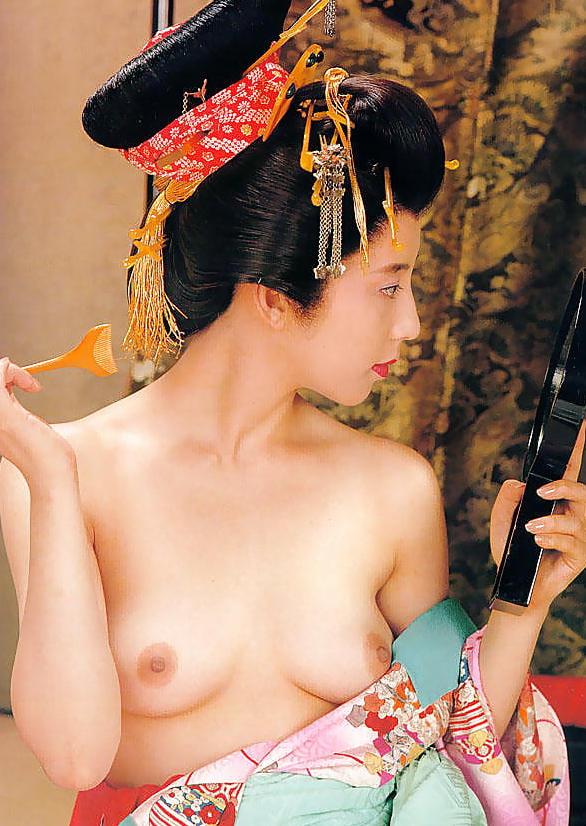 【花魁エロ画像】美し過ぎる着物で着飾ったS級和服美女の花魁が胸チラやご奉仕セックスしてくれる花魁エロ画像集ww【80枚】 42