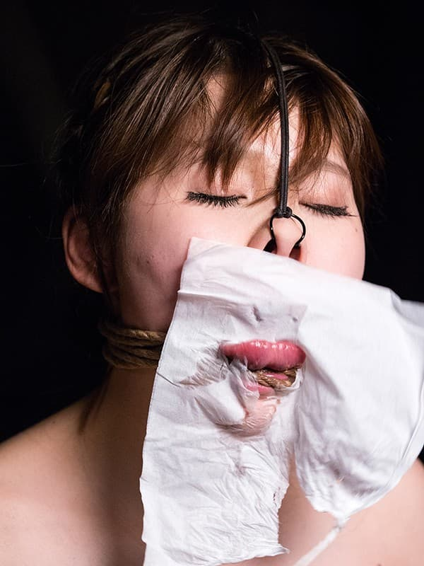【鼻フックエロ画像】美女に鼻フック装着させておブスな状態でイラマチオや調教セックスすると興奮する事に気が付いてしまった鼻フックのエロ画像集!ww【80枚】 37