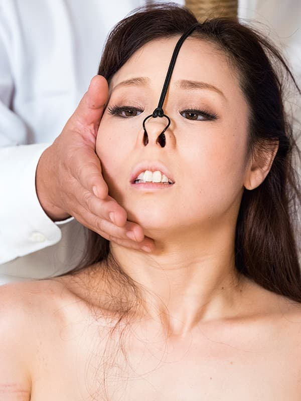 【鼻フックエロ画像】美女に鼻フック装着させておブスな状態でイラマチオや調教セックスすると興奮する事に気が付いてしまった鼻フックのエロ画像集!ww【80枚】 70
