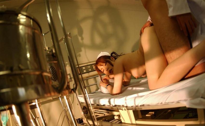 【ナースエロ画像】何度も入院してご奉仕してもらいたくなる白パンストがソソられるナースのエロ画像集ww【80枚】 19