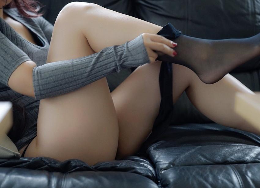 【太ももエロ画像】むっちり太ももの美脚美少女にかぶりつきたい!ww尻肉との境目がエロすぎる太もものエロ画像集!ww【80枚】 57