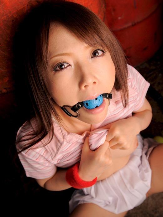 【ボールギャグエロ画像】猿ぐつわ、口枷とも言われるボールギャグでドマゾな女性を唾液まみれにして調教したったボールギャグのエロ画像集www【80枚】 04