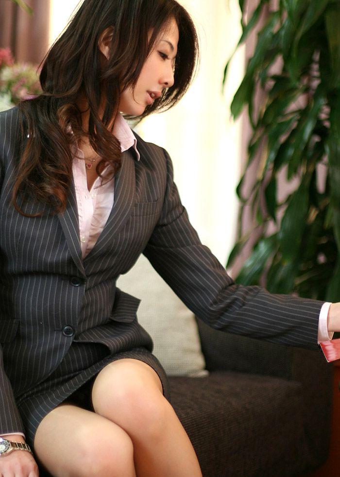 【ビジネスウーマンエロ画像】出張ついでにさらっと枕営業で接待セックスするビジネスウーマンのエロ画像集ww【80枚】 41