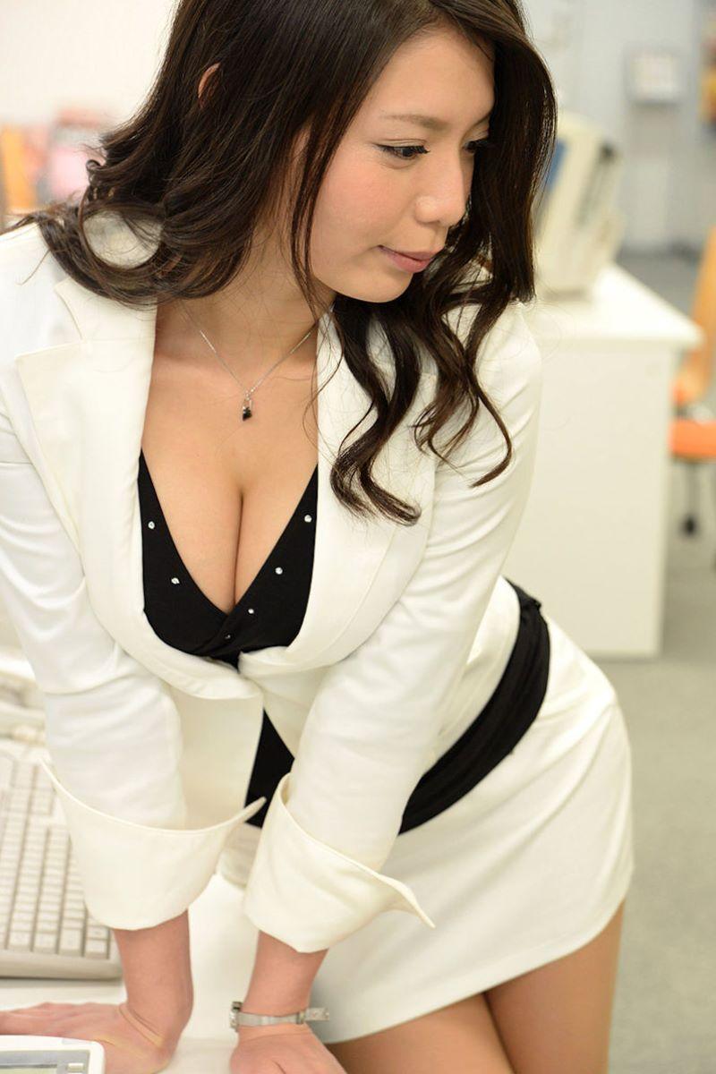 【ビジネスウーマンエロ画像】出張ついでにさらっと枕営業で接待セックスするビジネスウーマンのエロ画像集ww【80枚】 63