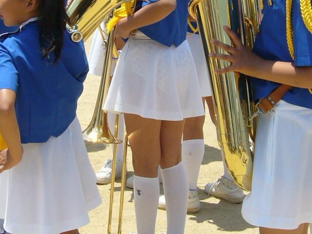 【透けスカートエロ画像】スカート透けてパンティー丸見えなのに気づかない素人女子たちの透けスカートのエロ画像集!ww【80枚】 06