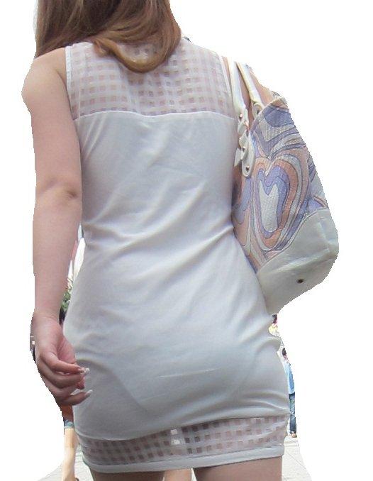 【透けスカートエロ画像】スカート透けてパンティー丸見えなのに気づかない素人女子たちの透けスカートのエロ画像集!ww【80枚】 26