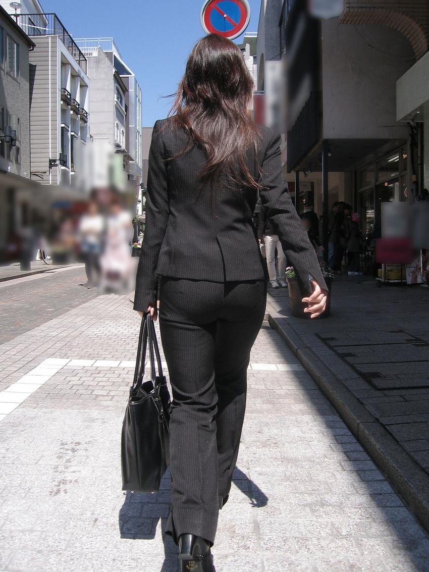 【パンツスーツエロ画像】キャリアウーマン風のパンツスーツOLのパンティーラインを盗撮したり着衣セックスで調教しちゃったパンツスーツのエロ画像集!ww【80枚】 29