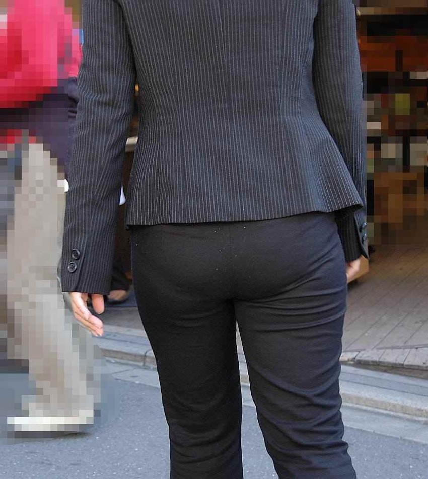 【パンツスーツエロ画像】キャリアウーマン風のパンツスーツOLのパンティーラインを盗撮したり着衣セックスで調教しちゃったパンツスーツのエロ画像集!ww【80枚】 75
