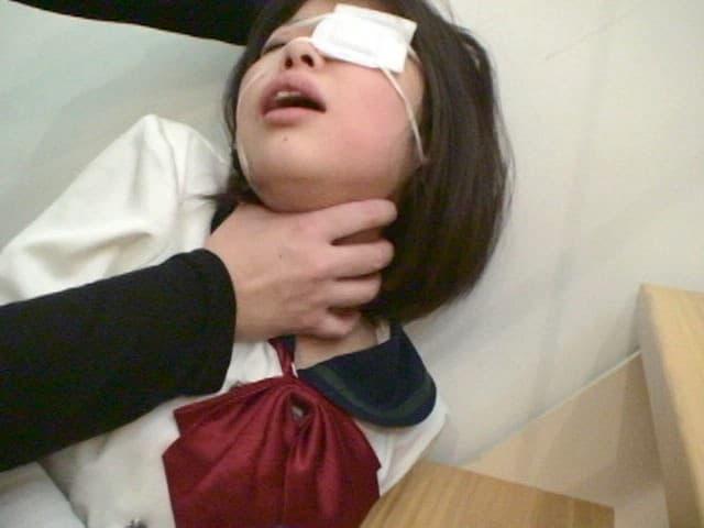 【眼帯エロ画像】アイパッチとも呼ばれる眼帯を装着したコスプレ美少女や弱った女の子にイラマチオして調教セックスしたった眼帯エロ画像集!ww【80枚】 45
