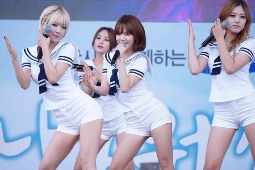 【韓国アイドルエロ画像】スタイル抜群でカワイ過ぎる韓国アイドル達がパンチラや尻チラ、まんすじ食い込ませて胸チラもさせちゃってる韓国アイドルのエロ画像集ww【80枚】 04