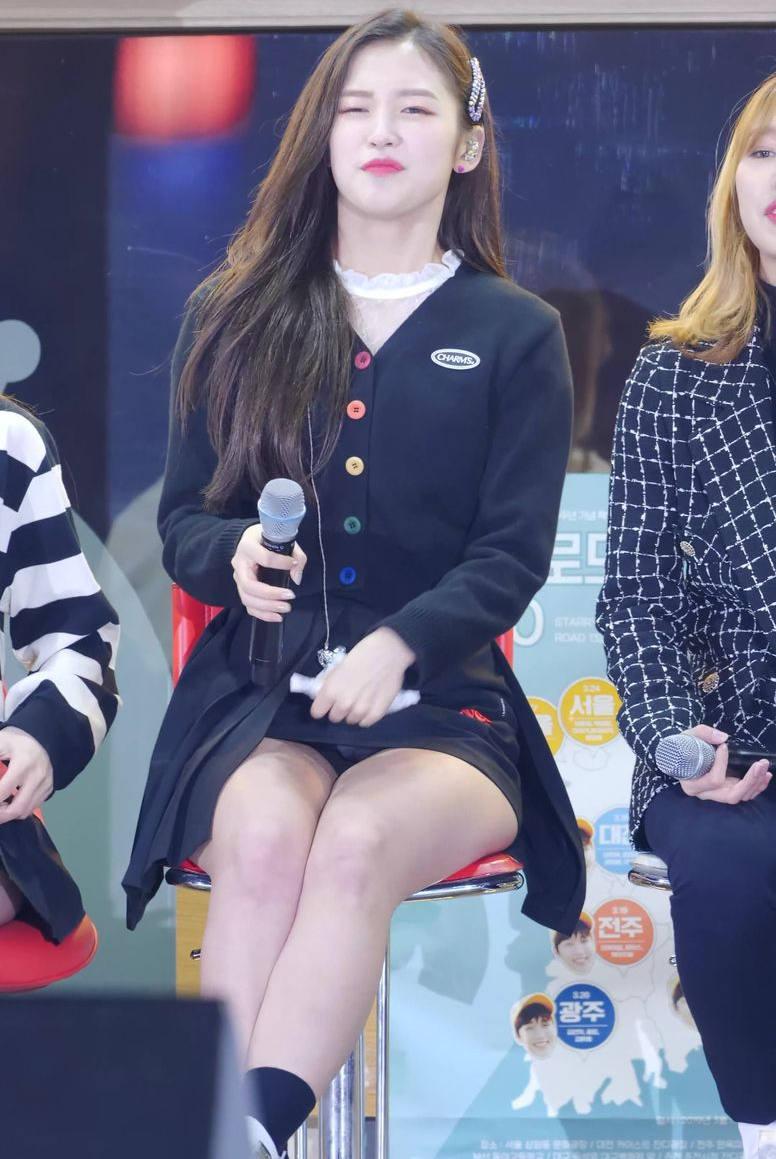 【韓国アイドルエロ画像】スタイル抜群でカワイ過ぎる韓国アイドル達がパンチラや尻チラ、まんすじ食い込ませて胸チラもさせちゃってる韓国アイドルのエロ画像集ww【80枚】 73