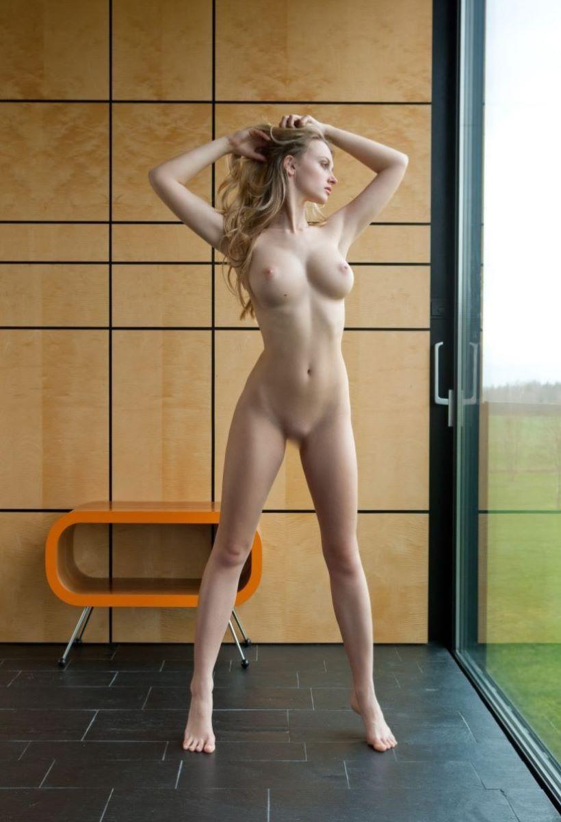 【ロシア人エロ画像】超美形でスタイル抜群なロシアン美女!金髪でパイパンに見える美マンにブチ込まれてるロシア人のエロ画像集ww【80枚】 38